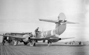 tn_Gloster Meteor F III - 34