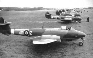 tn_Gloster Meteor F III - 39