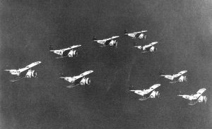 tn_Grumman FF - 18
